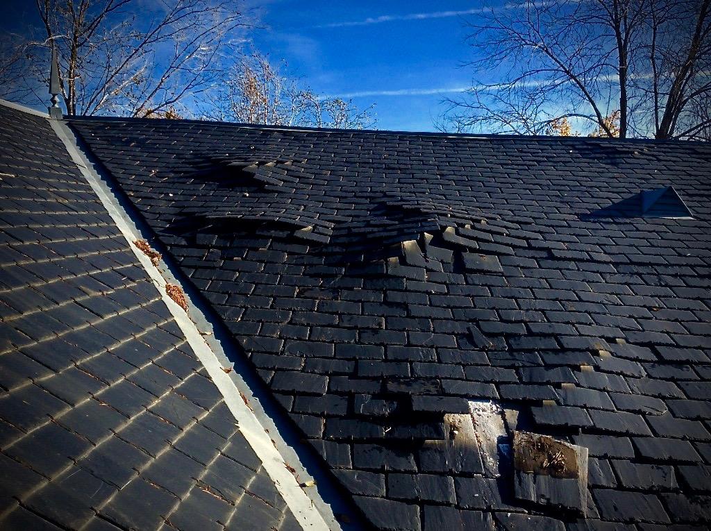 Reparacion de tejado de pizarra madrid con goteras andr s ramos - Tejado de pizarra ...